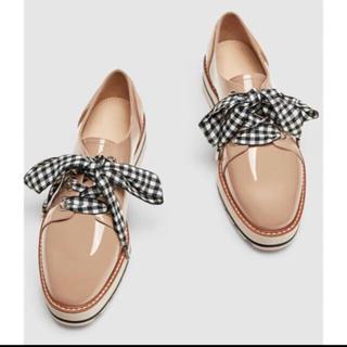 ザラ(ZARA)のzara ギンガムチェックリボン 靴(ローファー/革靴)