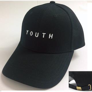 YOUTH刺繍ロゴ入りキャップ(帽子)/ブラック☆新品未使用☆(キャップ)