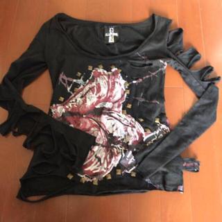 チュチュア(tutuHA)の当日発送❤️tutuHa姉妹ブランドFERNOPAAダメージTシャツ(Tシャツ(長袖/七分))