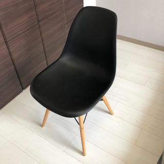 イームズ(EAMES)のイームズ チェア ブラック 送料無料 椅子 家具 アンティーク ヨーロッパ製(ダイニングチェア)