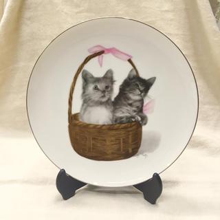 仔猫の絵皿 ☆ 皿立て付き  インテリア ♫