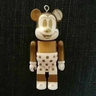 ベアブリック ミニーマウス