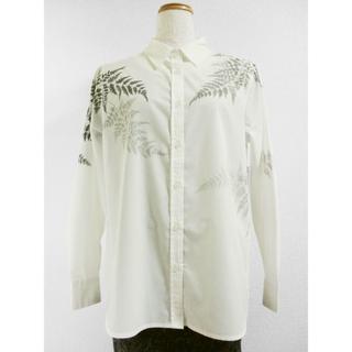 長袖ホワイトシャツ(羊歯の葉)(シャツ/ブラウス(長袖/七分))