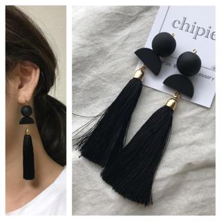 004 mat black tassel pierce(ピアス)
