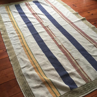 KAPITAL - シンプル大きめサイズヴィンテージのカンタ刺繍 ラリーキルトベッドカバーラグマット