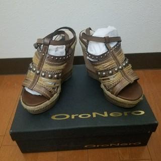 オロネロ(OroNero)のオロネロ  1~2回着用美品(ハイヒール/パンプス)