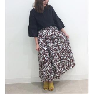 GU - 新品◆◆GU◆ジーユー◆フレアロングスカート
