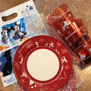 ディズニー(Disney)のディズニー パークフード メラミンプレート カップ 各2個 計4つセット(食器)