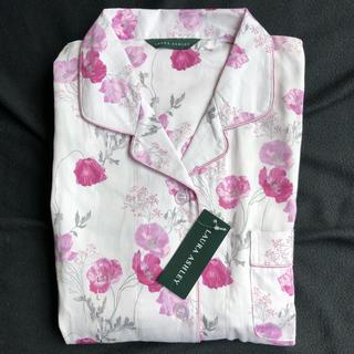 LAURA ASHLEY - ローラアシュレイ 花柄パジャマ