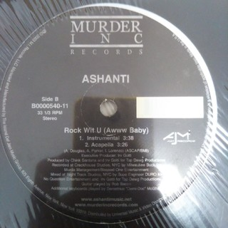 ASHANTI(R&B/ソウル)