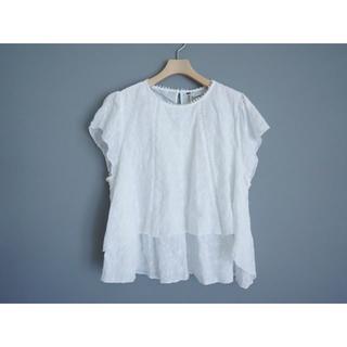 ザラ(ZARA)のZARA カットワーク刺繍フレンチ袖ブラウスM白(シャツ/ブラウス(半袖/袖なし))