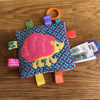 ニホンイクジ(日本育児)の新品★ 赤ちゃんおもちゃ タグおもちゃ 日本育児 Taggies(タギーズ)(がらがら/ラトル)