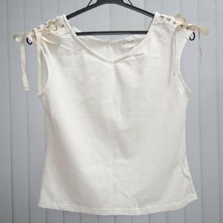 ジルバイジルスチュアート(JILL by JILLSTUART)の袖リボンレースアップカットソー(Tシャツ(半袖/袖なし))