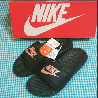 NIKE - ◆新品 NIKE ベナッシ ローズゴールド (23cm)