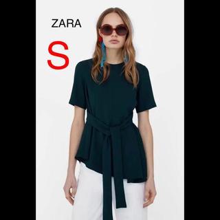 ザラ(ZARA)の新品未使用 ZARA リボン ブラウス(シャツ/ブラウス(半袖/袖なし))