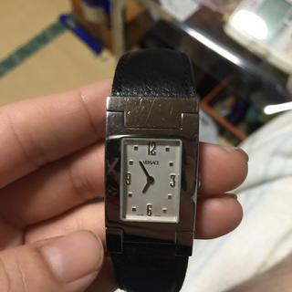 ジャンニヴェルサーチ(Gianni Versace)のヴェルサーチ 腕時計(腕時計(アナログ))
