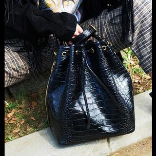 サマンサタバサ(Samantha Thavasa)のDRESSCAMP コラボ クロコ型押し巾着バッグ(トートバッグ)