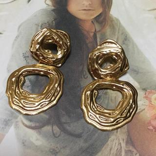 ザラ(ZARA)のゴールド メタル ピアス ZARA(ピアス)