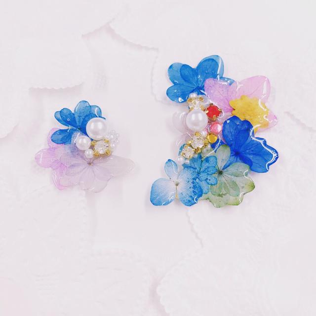 色落ちしにくい!カラフルあじさいイヤーカフセット ハンドメイドのアクセサリー(イヤリング)の商品写真