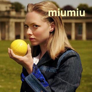 ミュウミュウ(miumiu)のミュウミュウ25万アマンダセイフライド着用 デニムジャケット(Gジャン/デニムジャケット)