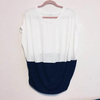 ジーユー(GU)のカットソー  ♡   Tシャツ   (Tシャツ(半袖/袖なし))