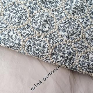 ミナペルホネン(mina perhonen)の⚮̈新作⚮̈ミナペルホネン×リバティ タンバリン×スリーピングローズ グレー生地(生地/糸)
