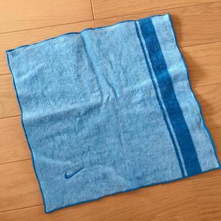 ナイキ(NIKE)の【NIKE ナイキ 】ハンドタオル ハンカチ 青 水色 スポーツタオル(ハンカチ/ポケットチーフ)
