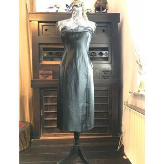 グッチ(Gucci)のGUCCI 試着のみブラックドレス IT42 コルセット付 000008(ミディアムドレス)