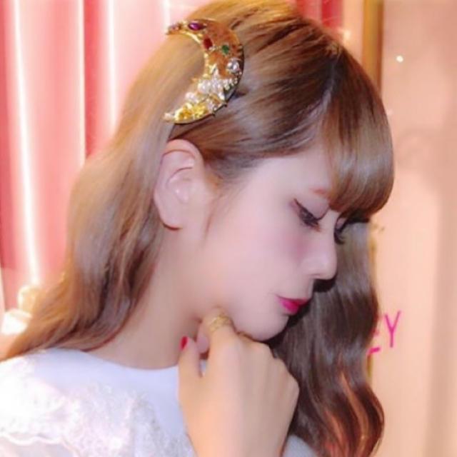 Honey mi Honey(ハニーミーハニー)の希少♡新品HONEY MI HONEY♡ムーンビジューバレッタ♡/crayme, レディースのヘアアクセサリー(バレッタ/ヘアクリップ)の商品写真