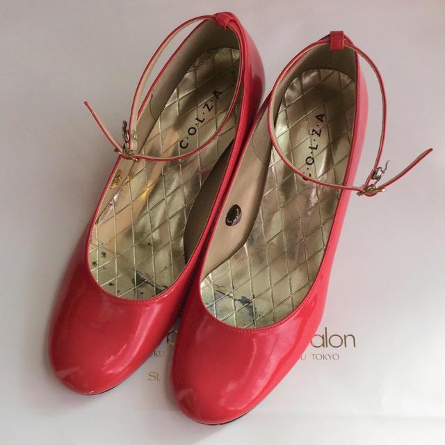 エナメル アンクルストラップ パンプス Lサイズ レッド ラウンドトゥ レディースの靴/シューズ(ハイヒール/パンプス)の商品写真