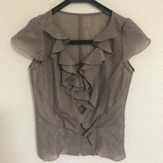 952d1eb604862 アナイ(ANAYI)のブラウンフリルシャツ(シャツ ブラウス(半袖 袖