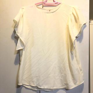 ジーユー(GU)のGU ジーユー ブラウス 白 夏物売りつくし セール(シャツ/ブラウス(半袖/袖なし))