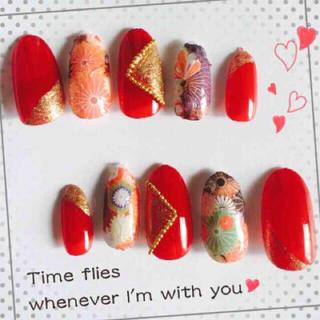 成人式 和柄 ネイルチップ赤 ゴールド コスメ/美容のネイル(つけ爪