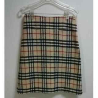 バーバリー(BURBERRY)のお値下げ♥バーバリースカート イタリー製秋冬用(ひざ丈スカート)