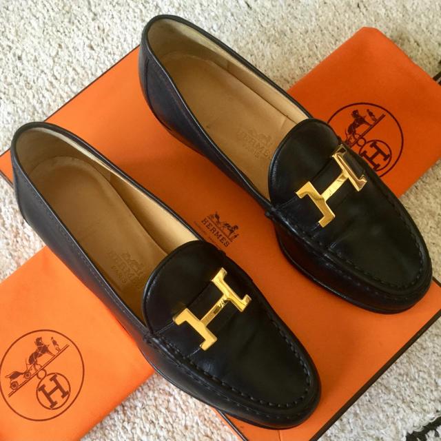 Hermes(エルメス)の極美品!エルメス ゴールドアイコン Hマーク ローファーイタリア製 22.5㎝ レディースの靴/シューズ(ローファー/革靴)の商品写真