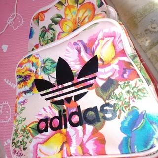 アディダス(adidas)の花柄adidasリュック(リュック/バックパック)