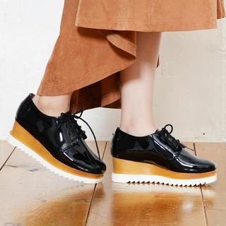 ショップニコニコ(Shop NikoNiko)の厚底 ローファーシューズ(ローファー/革靴)