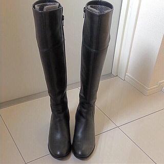 アカクラ(Akakura)の本革ロングブーツ(ブーツ)