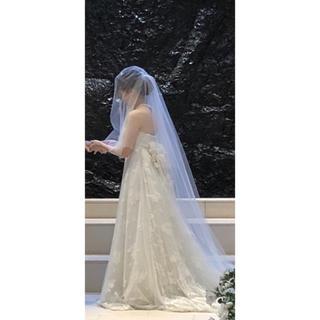 ヴェラウォン(Vera Wang)の【ロングトレーンベール】トリートドレッシング(ウェディングドレス)