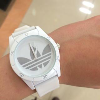 アディダス(adidas)のアディダス ホワイト グレー 腕時計(腕時計)