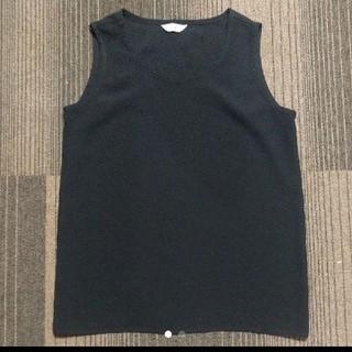 イヴサンローランボーテ(Yves Saint Laurent Beaute)のイヴ・サンローラン ノースリーブ 黒(Tシャツ(半袖/袖なし))