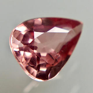 蓮花色の宝石 0.64ct UP 希少石 天然 パパラチァサファイア ルース(リング(指輪))