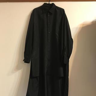 ヨウジヤマモト(Yohji Yamamoto)のyohjiyamamoto 18ssスタッフシャツ(シャツ)