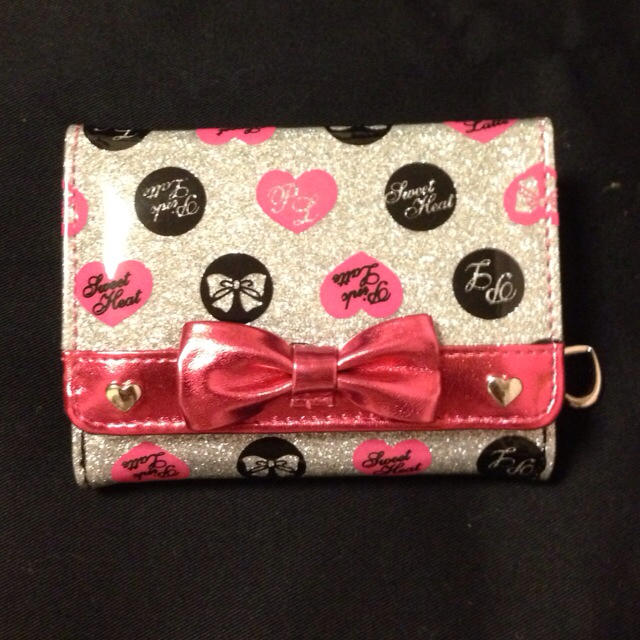 PINK-latte(ピンクラテ)の【KIDS】ミニ財布 レディースのファッション小物(財布)の商品写真