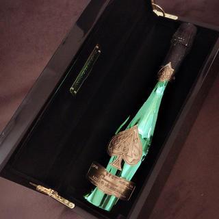 ドンペリニヨン(Dom Pérignon)のアルマンドブリニャック♠✨⋆。˚✩.*・゚(シャンパン/スパークリングワイン)