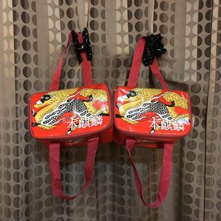 キリン(キリン)の☆本麒麟☆クーラーボックス☆赤色×2個セット☆キリンビール6本入るサイズ☆(アルコールグッズ)