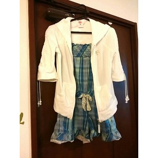 バービー(Barbie)の【Barbie】バービーパーカー五分袖☆140子供服トレーナー☆薄手の羽織りに!(ジャケット/上着)