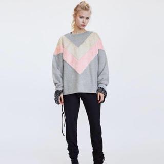 ザラ(ZARA)の完売品 ザラ ファー スウェット シャツ ピンク オフホワイト ブーツ サンダル(トレーナー/スウェット)