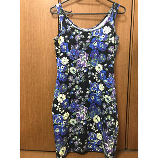 ジーユー(GU)の花柄 ブルー パープル ワンピース(ミニワンピース)