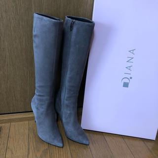 ダイアナ(DIANA)の美品 ダイアナ スウェード ブーツ グレー 22.5㎝(ブーツ)
